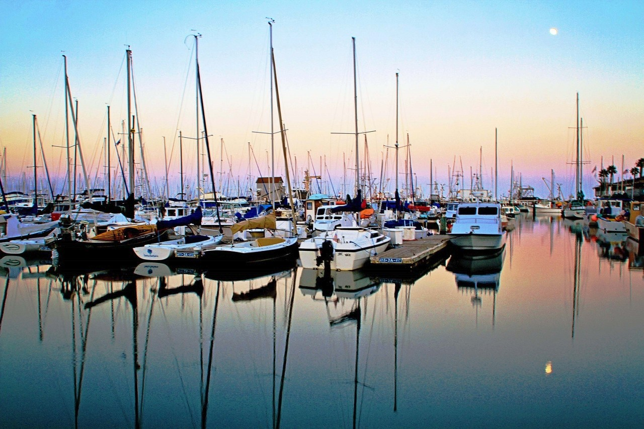 Harbor in Santa Barbara, California, Sailboats, Marina, Travel, Sailing