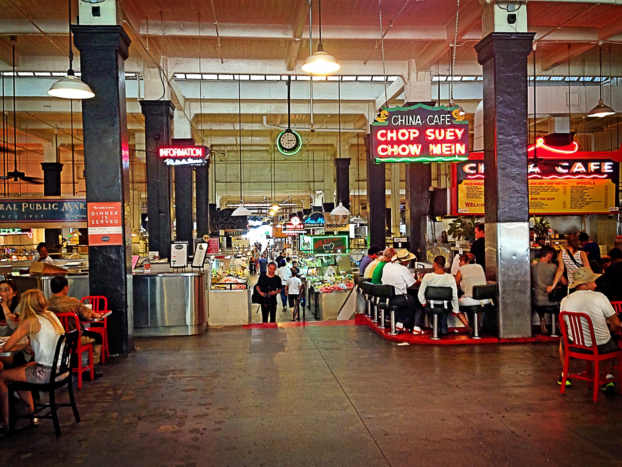 Los Angeles Day Trip to Grand Central Market by Julie Miche travel blogger