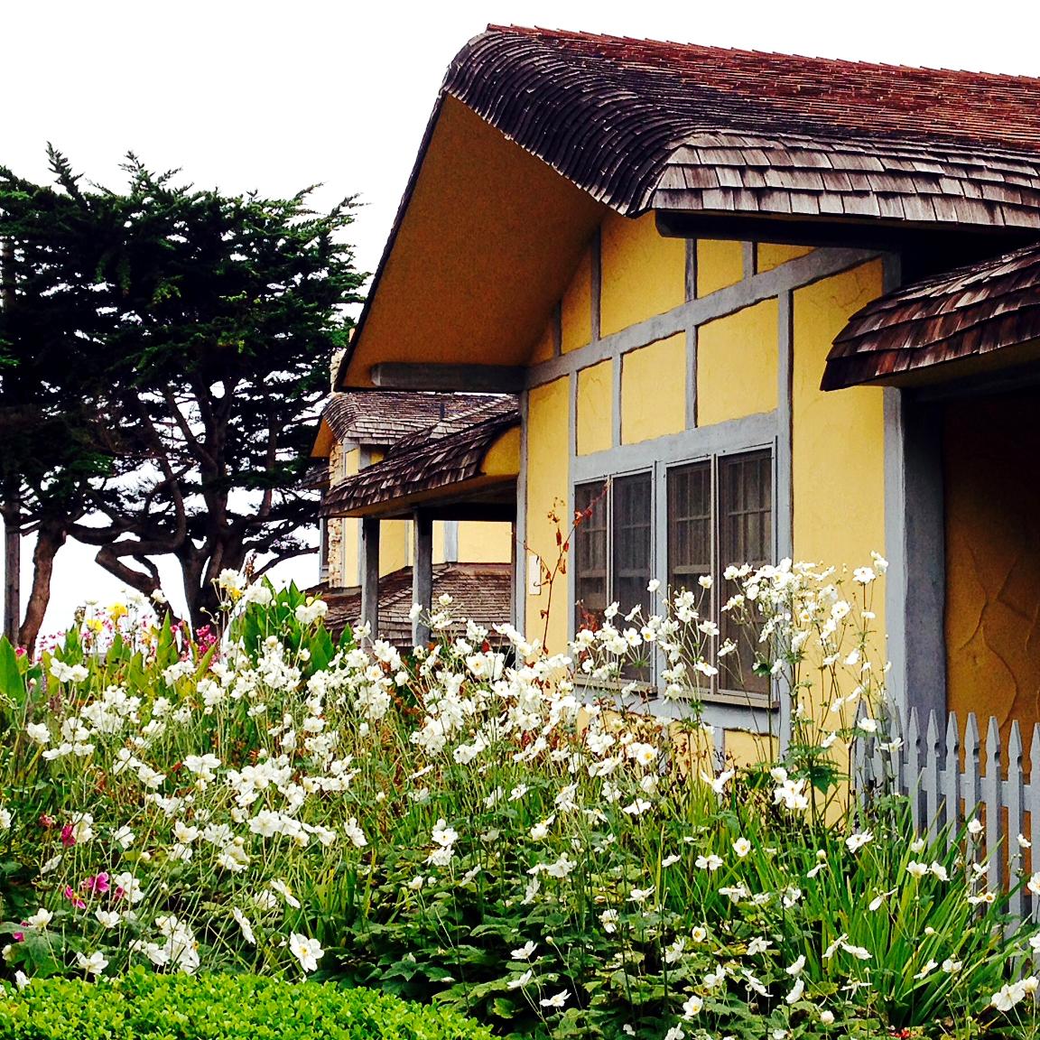 Cambria, CA FogCatcher Inn, Travel in California