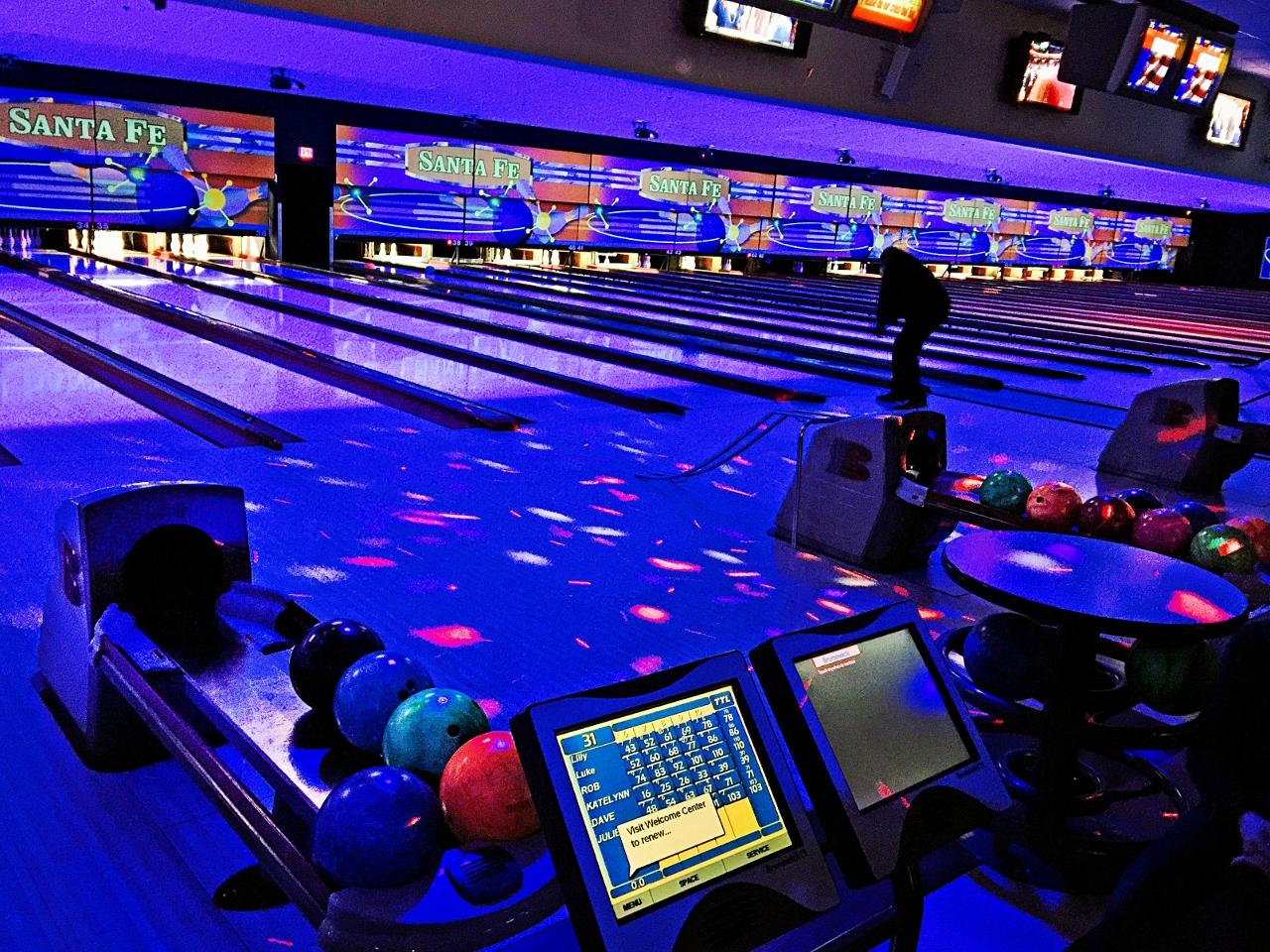cosmic bowling Vegas Christmas