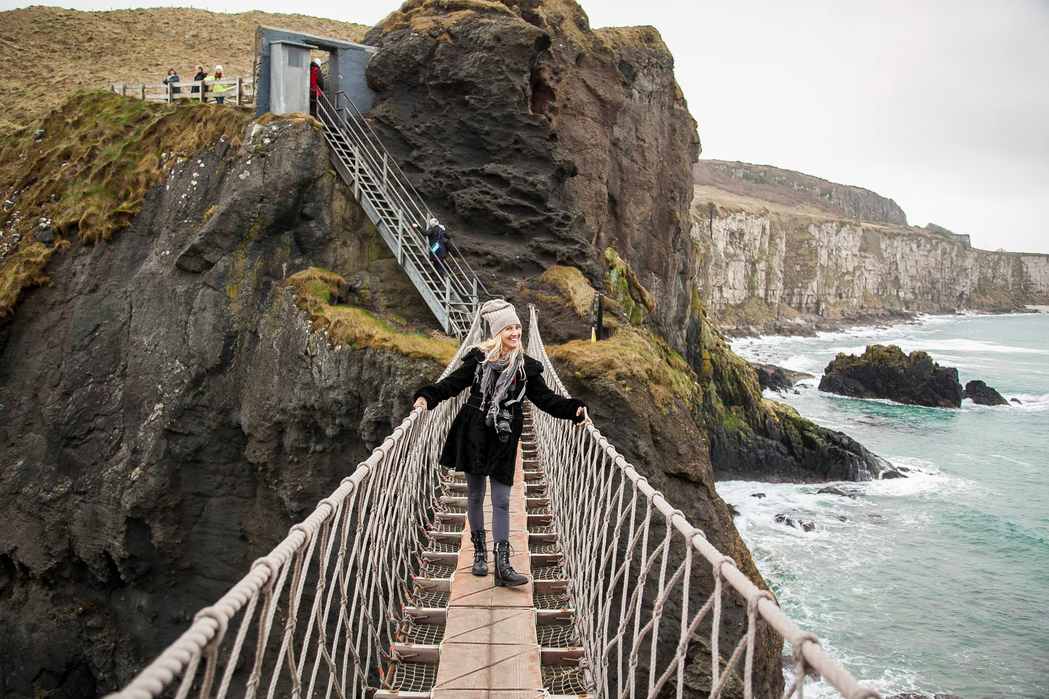 County Antrim, Northern Ireland, Carrick-a-Rede Rope Bridge, traveling in Ireland