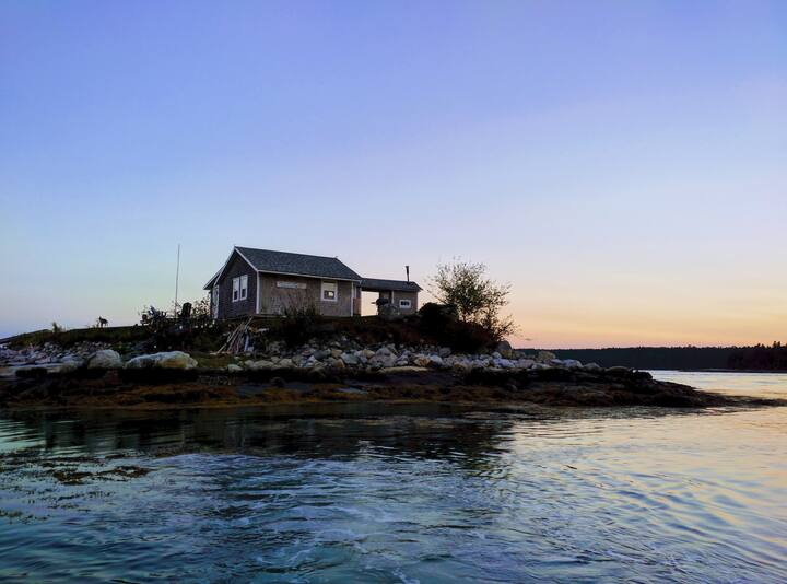 Stay on a romantic private island in Midcoast, Maine - Unique Airbnb's