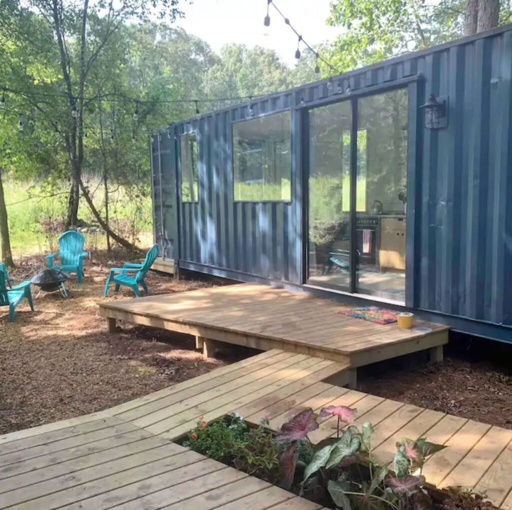 Try a Tiny! [modern shipping container retreat] Starkville, Mississippi unique airbnb's