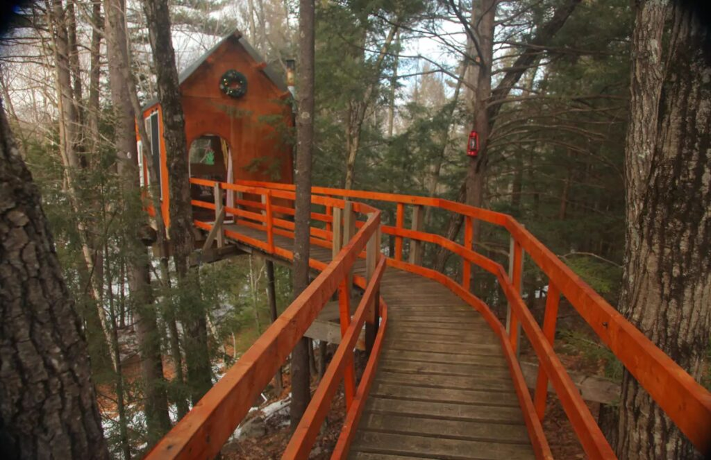 Treetop Sanctuary, Dunbarton, New Hampshire unique airbnb's