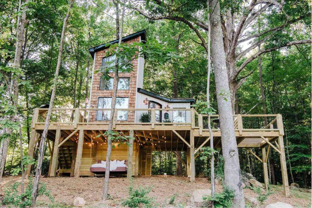 The Carolina Treehouse, Charlotte, North Carolina unique airbnb