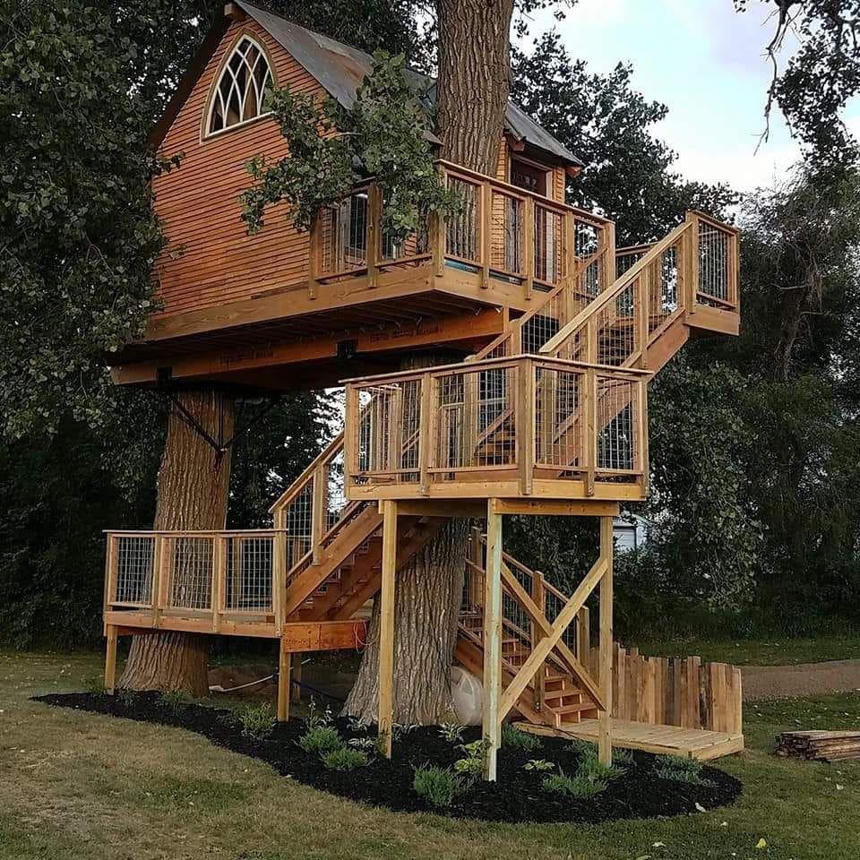 Kottage Knechtion treehouse house B&B, Sioux City, Nebraska unique airbnb's