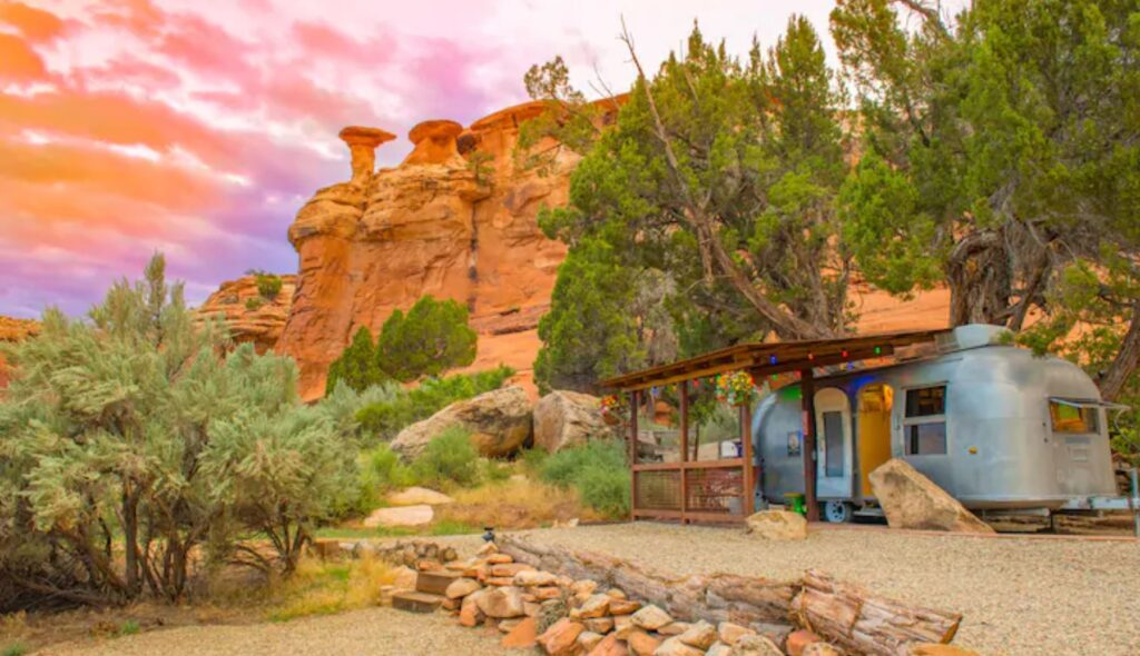 Canyon Hideout Bungalow, Cortez - Unique Airbnb's